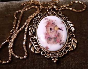 Sing To Me-Gold Finch-Birdhouse-Necklace  R 9593