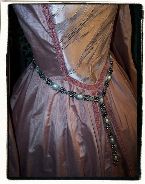 Bliss antique silver and black pewter pearls tudor renaissance dress