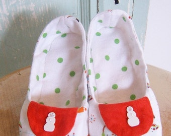 Sewing Pattern - Winterwonderland Flannel Slippers child Size 7 - 12