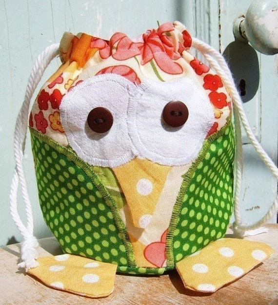 SALE - Bag pattern - PDF - Oliver Owl Drawstring Bag