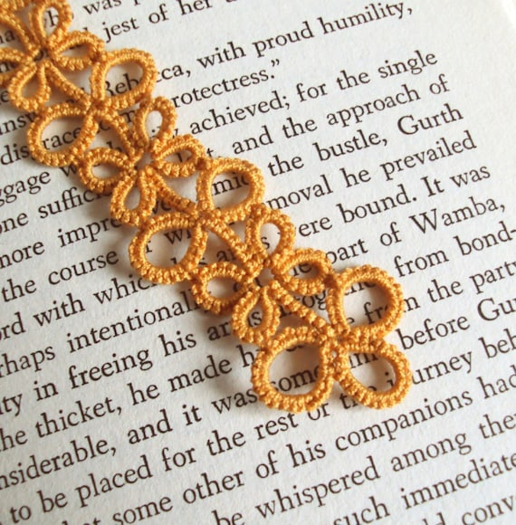 Gold Lace Bookmark in Tatting - Eva