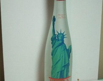 Vintage Statue of Liberty Milk Bottle Vintage1886-1986 France