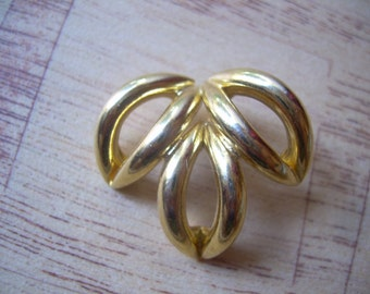 Classic Vintage heavy Gold plated slider style pendant