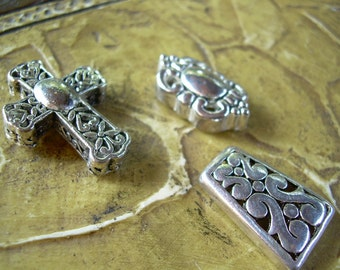 Set of three Silver tone ornate Findings for altered art jewelry making or crafts Nice unique pieces for your creative idea's