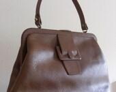 Vintage 1960's Calderon Brown Leather Handbag/Purse, in GREAT VINTAGE CONDITION