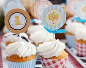 Barnyard Farm Party Circles Cupcake Toppers - PRINTABLE - By A Blissful Nest