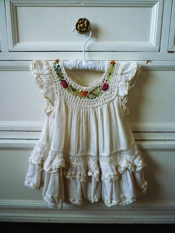 SALE - Vintage Embroidered Infant Dress, Size 12 Months