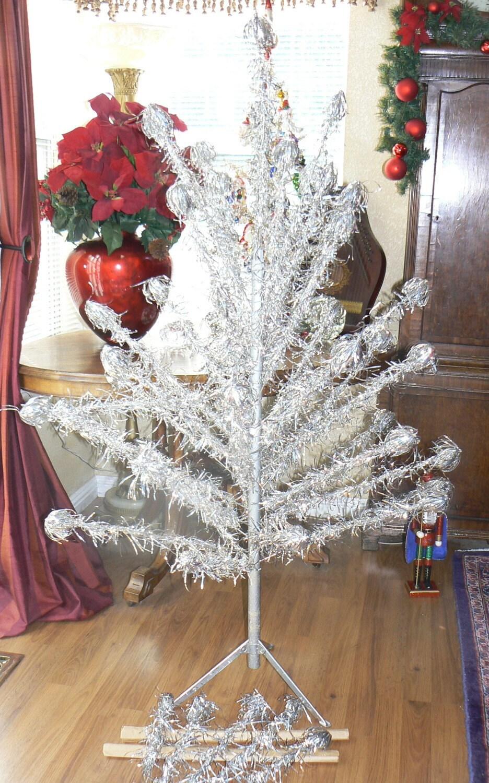 18 Ft Christmas Tree