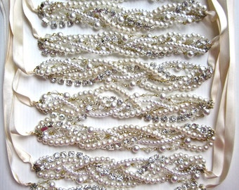 Chunky Pearl and Rhinestone Bridesmaid Necklace & Earrings Set in Silver or Gold with Ribbon Color of Your Choice