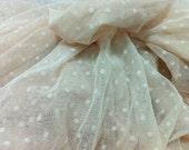 Fat Quarter Ivory Dot Lace fabric 1/4 mtr.