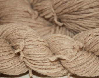 30% off STORE CLOSING SALE Tan Recycled Lambswool Yarn, Worsted Yarn - 366 Yards