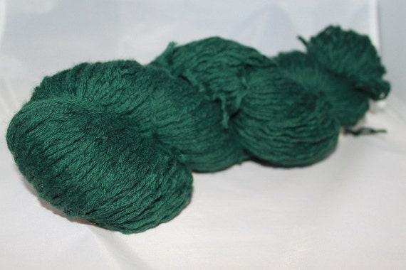 20% OFF SALE Forest Green Recycled Wool Yarn, Worsted Yarn - 266 Yards