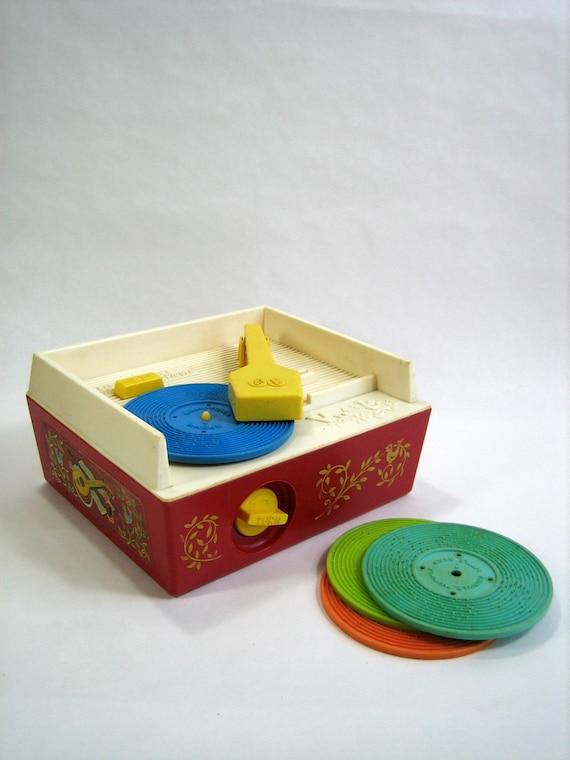 FISHER PRICE Music Box Record Player 1971