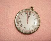 Antique Brass Clock Charm - White, 1 pc