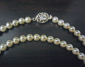 Elegant 27 Cols 18KGP 6mm Swarovski Pearl Necklace Length 24 inches (61cm) Classic Pearl for Mother Birthday, wedding, bridal, bridesmaids