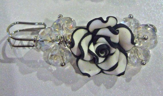 Bridal Czech Donut Crystal Flower Garden Brooch Black and White Accessory for Fashion use as Bridal Brooch or hair clip fasteners or Attach to Scarves, Blouse, Dress, Tudung or Kebaya