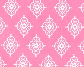 OOP HTF 22 inches MODA Tradewinds Fabric Little Daisy Medallions Ivory on Light Tea Rose Pink 457 17