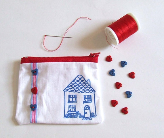 Zip Pouch Change Purse Country Cottage House in Blue Red and White