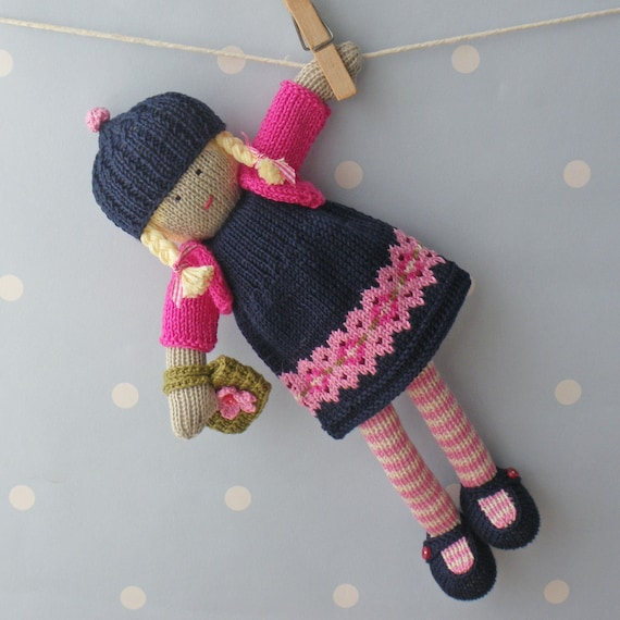 Free Patterns For Knitted Dolls : Naomi Hand knitted doll
