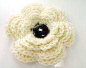 Large crochet flower applique for women's accessories