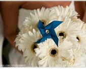 Mini Pinwheel Bridal Bouquet Ensemble by Rule42