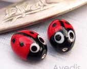 Lady Bugs - Czech glass lampwork beads - Red - 15X14mm - 2pcs