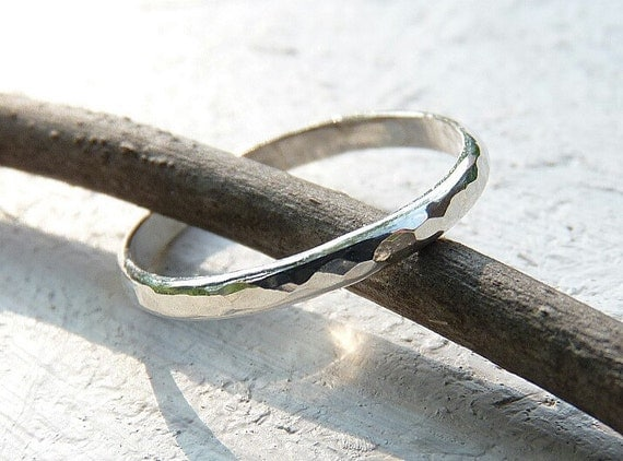 handmade thin silver ring - hammered ring - wedding band - simple ring- sterling silver - minimalist jewelry - silver band - hammered silver