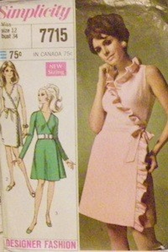 Simplicity 7715 - Front wrap dress with ruffle option (1968 pattern) Size 10, Bust 32.5 HARD TO FIND