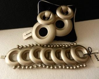 GLAM vintage 1970s Italy, oversized earrings and bracelet  gray satin set signature 6DONNA -art.772-