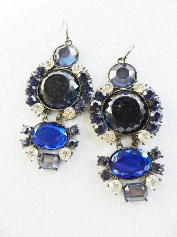 Sensational Earrings vintage 1970 -Oversized, large crystals royal blue and white - Dangle Earrings -Art.880-