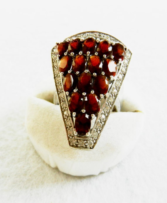 Gorgeous 1960 Italian vintage ring - 925 silver and beautiful stones Garnet --Art.979-