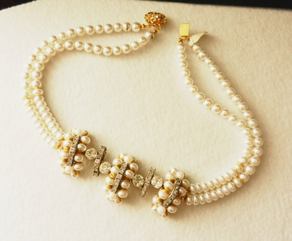 1970s lovely simulated pearls Collier - original vintage pearls and crystals - Perfect for Wedding  -Art.904 -