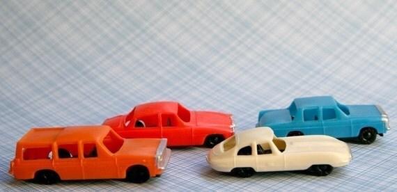 Retro Car Cupcake Toppers (4)