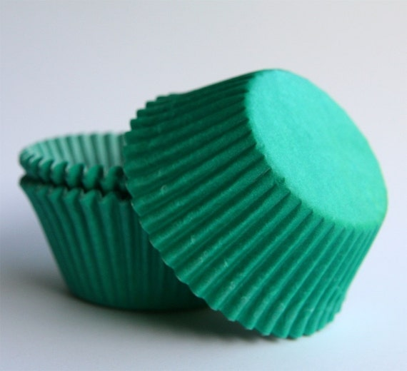 Green Cupcake Liners, Solid Green Baking Cups, St Patrick's Day, Jade Green Liners (50)