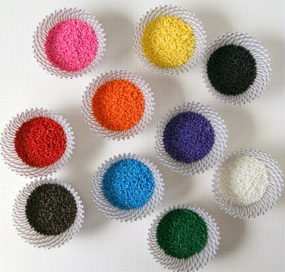 Rainbow Mix Sprinkles for Decorating Cupcakes and Cookies (10 ounces)