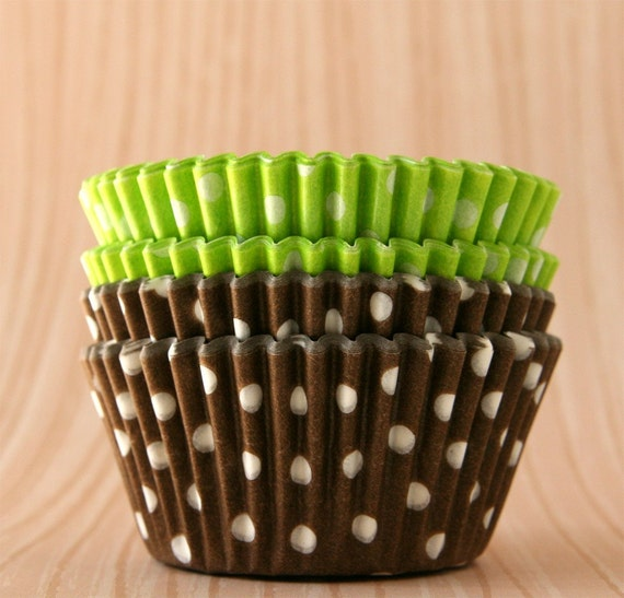 Cupcake Liners - Lime and Chocolate Brown Polka Dot Mix  (60)