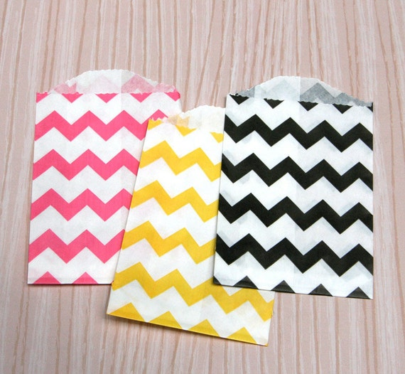 Little Chevron Paper Bags in Pink, Yellow and Black (30)