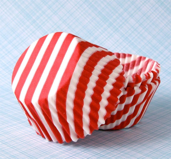 Red Stripe Cupcake Liners - Barber Stripe Cupcake Liners - Thick Stripe Baking Cups - Red Cupcake Liners (45)