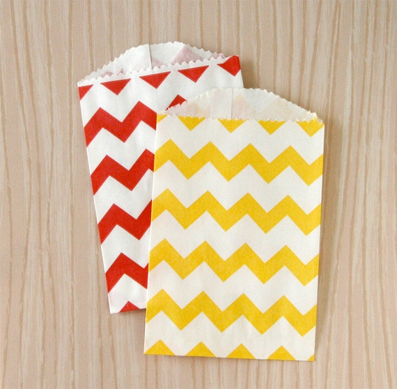 Little Chevron Paper Bags - Red and Yellow Mix (20)