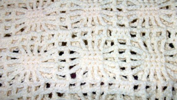Spiderweb Lace  Christening Blanket, Baby Shower Gift, Crochet Blanket