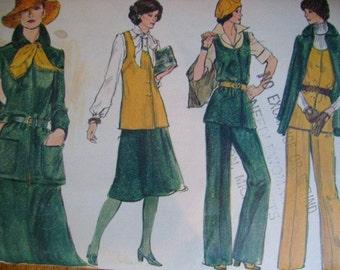 SALE  -  Loose Fitting Jacket -  Vest - Skirt  - Pants - Vogue 9288 -  Vintage 1970s - Uncut -Sewing Pattern   - 34 Bust