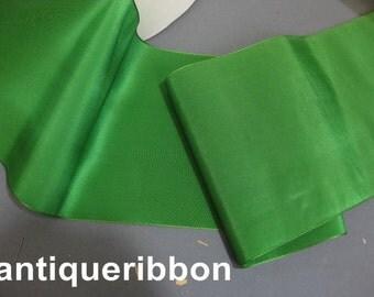 Vintage wide silk ribbon Antique taffeta ribbon Wide Green ribbon Victorian wide silk ribbon 5 7/8 in emerald green Y960