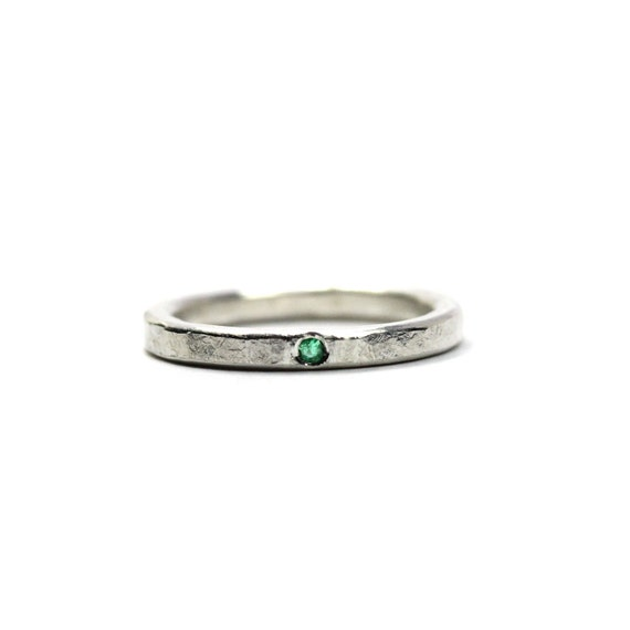 Delicate Silver Genuine Emerald Wedding Ring Hammered Texture Green May Birthstone Minimalistic Narrow Bridal Band Subtle Zen - Beryl Dab