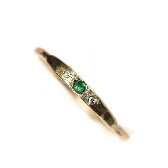 14K Yellow Gold Emerald Diamond Ring - Cleopatra's Gift