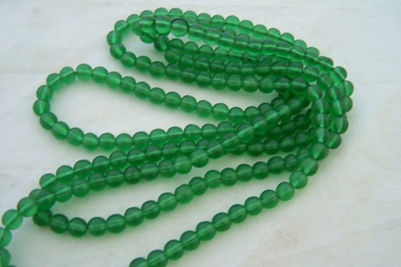 Antique beaded   necklace   glass beads Emerald Green flapper