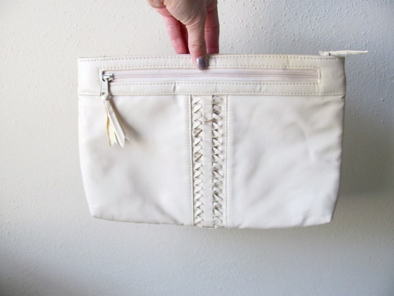 Ivory, white vintage crossbody purse with braided center, 1980s, removable strap