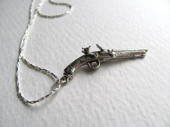 Sterling silver vintage pirate pistol pendant necklace on sparkling silver chain, vintage gun necklace