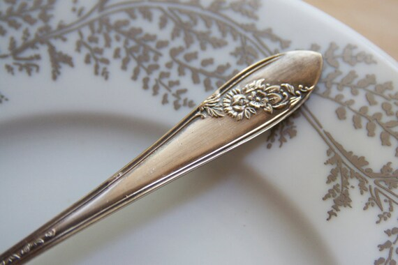 Silverware, Antique Cake or Pie Knife, Serving Piece, Passover