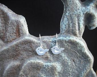 tiny love bird earrings - matte white gold plated