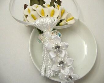 White Flowers on White Wedding Spring Easter Decoration Favor Embellishment Tassel